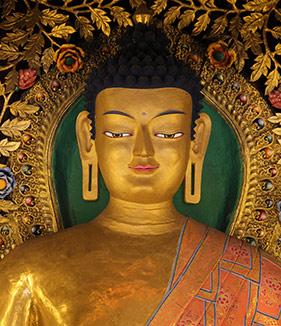Buddha Shakjamuni statue at Ka-Nying Shedrub Ling