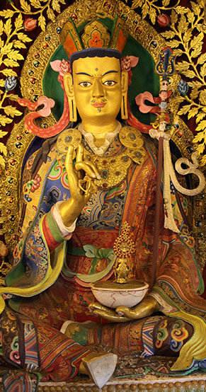 Guru Rinpoche statue at Ka-Nying Shedrub Ling
